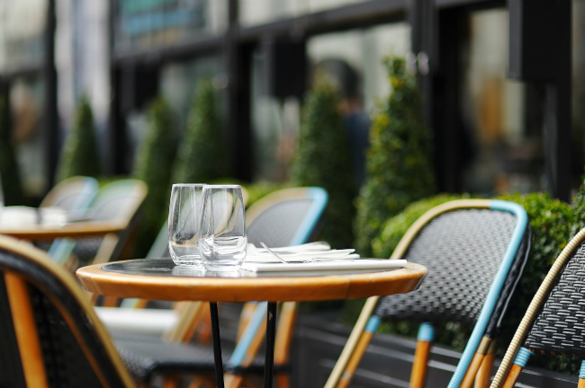Why You Should Add an Outdoor Patio to Your Restaurant