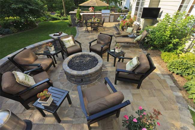 Creating Outdoor Living Space for Your Family