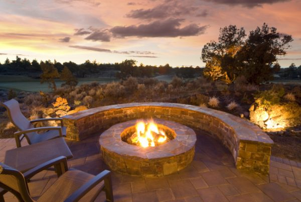 Add Fun to Your Backyard with an Outdoor Fire Pit